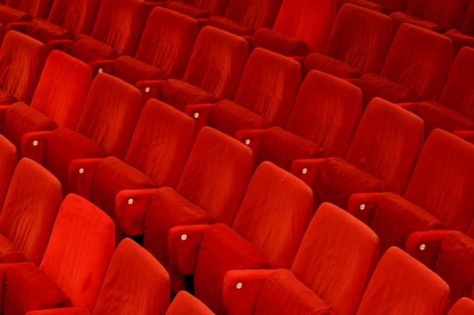 Divino Commedia: a Firenze a novembre vi aspetta il binomio commedia e vino