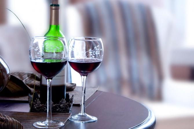 Due bicchieri di vino al giorno aiutano a controllare lo stress