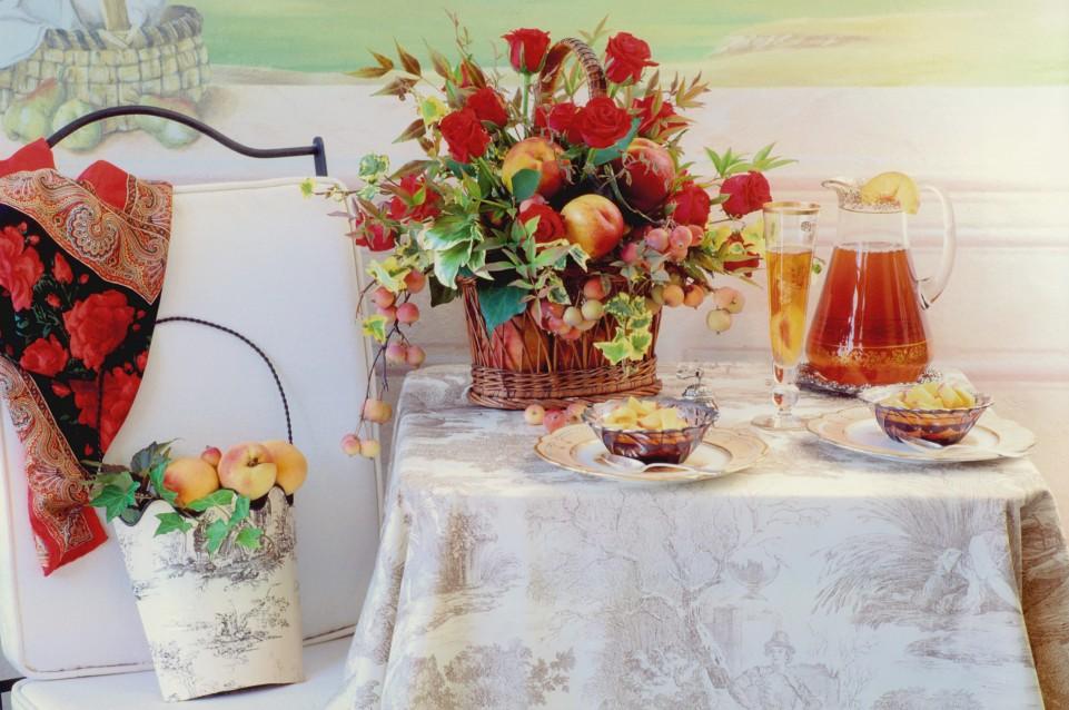 Fiori nella Rocca: dal 10 al 12 aprile a Lonato del Garda tavole d'autore, fiori e piante rare