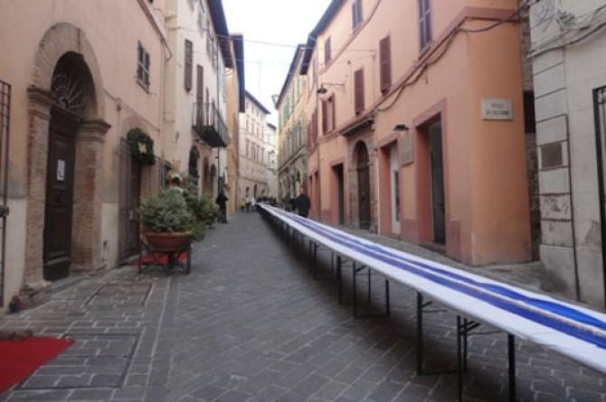 Il torrone più lungo del mondo vi aspetta a Camerino il 6 gennaio