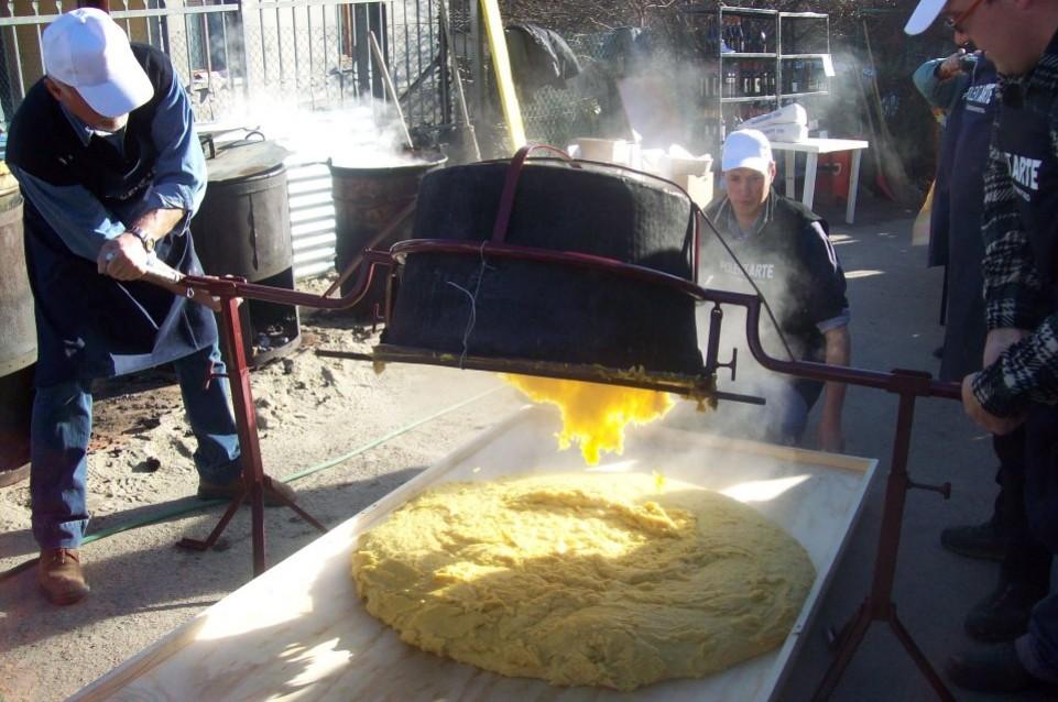 Polentarte: il 15 febbraio a Monteveneroso si festeggia tradizione culinaria e creatività
