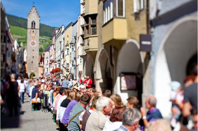 Il 14 settembre Vipiteno festeggia la cucina sudtirolese con la Sagra dei Canederli