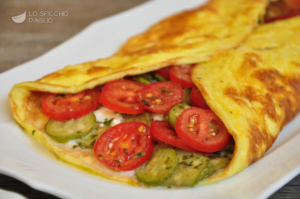 Ricetta calzone di uova alle zucchine trifolate le ricette dello spicchio d 39 aglio - Cucinare le uova ...
