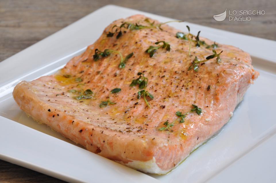 Ricetta filetto di salmone al forno le ricette dello spicchio d 39 aglio - Ricette con forno a vapore ...