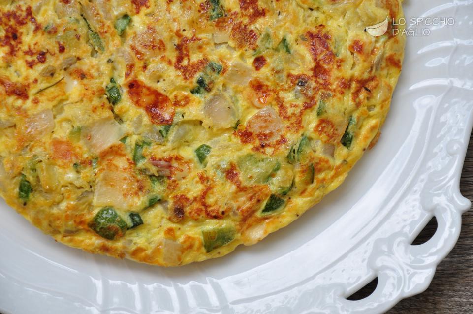 Ricetta frittata zucchine e cipolle le ricette dello - Come cucinare le cipolle ...
