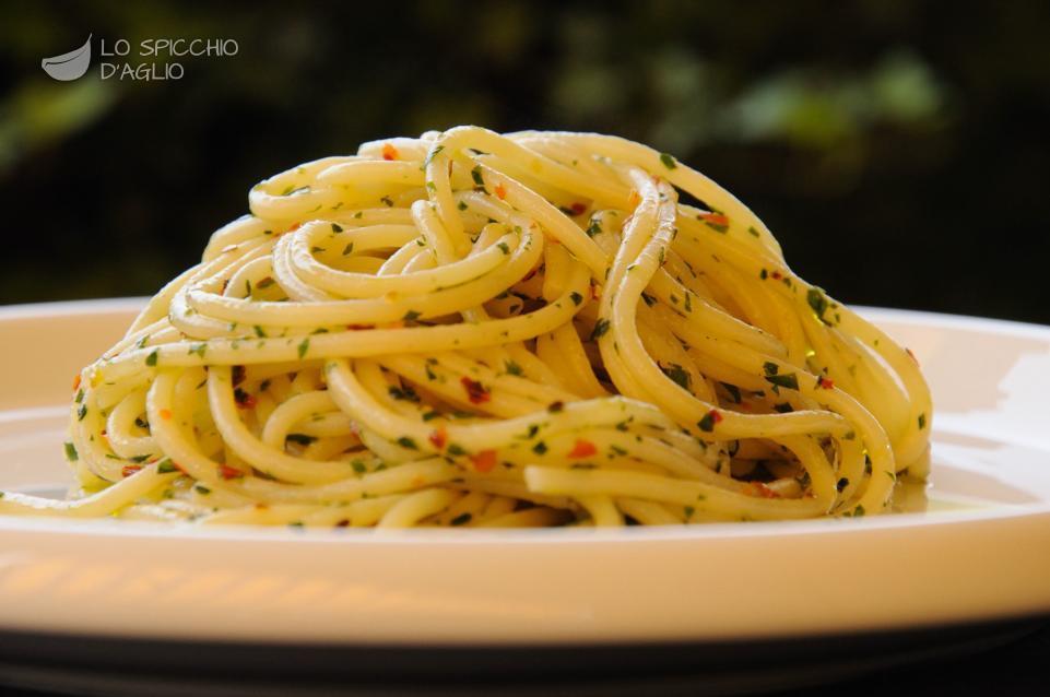 Pasta aglio, olio e peperoncino alla sicula