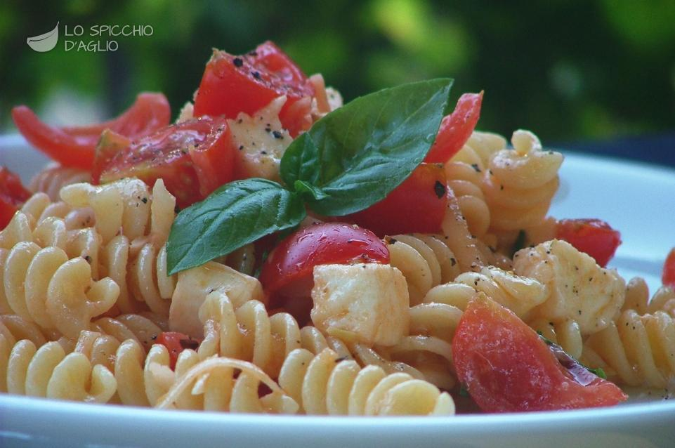 Pasta formaggi e pomodorini