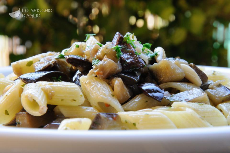 Pasta melanzane e olive