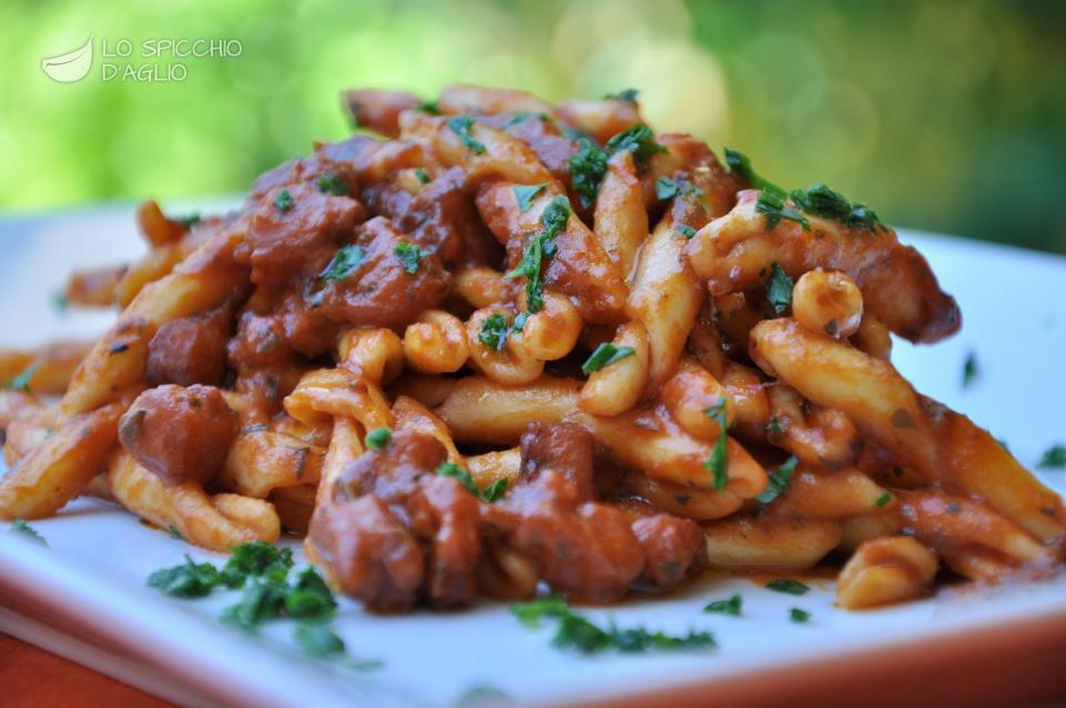 Ricetta pasta al sugo di polpo le ricette dello for Spaghetti ricette