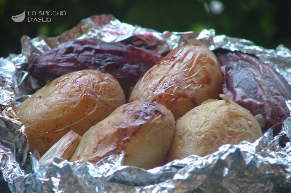 Patate e cipolle nella cenere