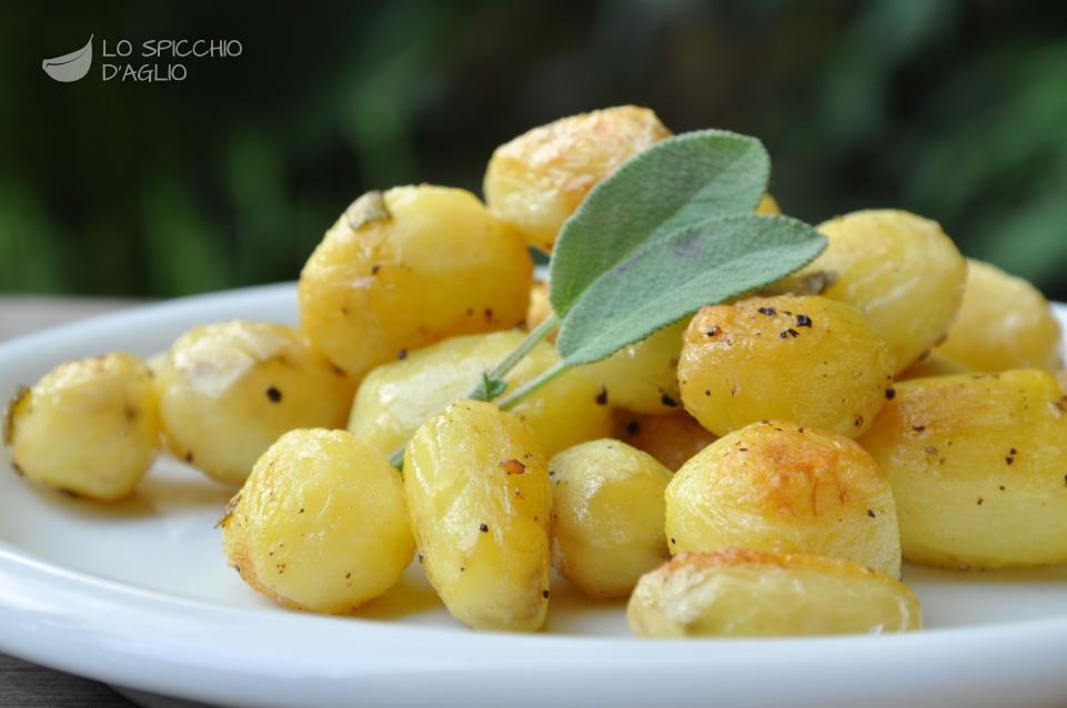 Patate novelle aglio e salvia