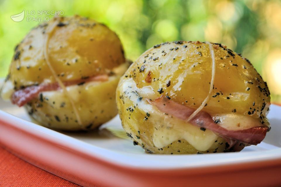 Patate farcite speck ed Emmentaler
