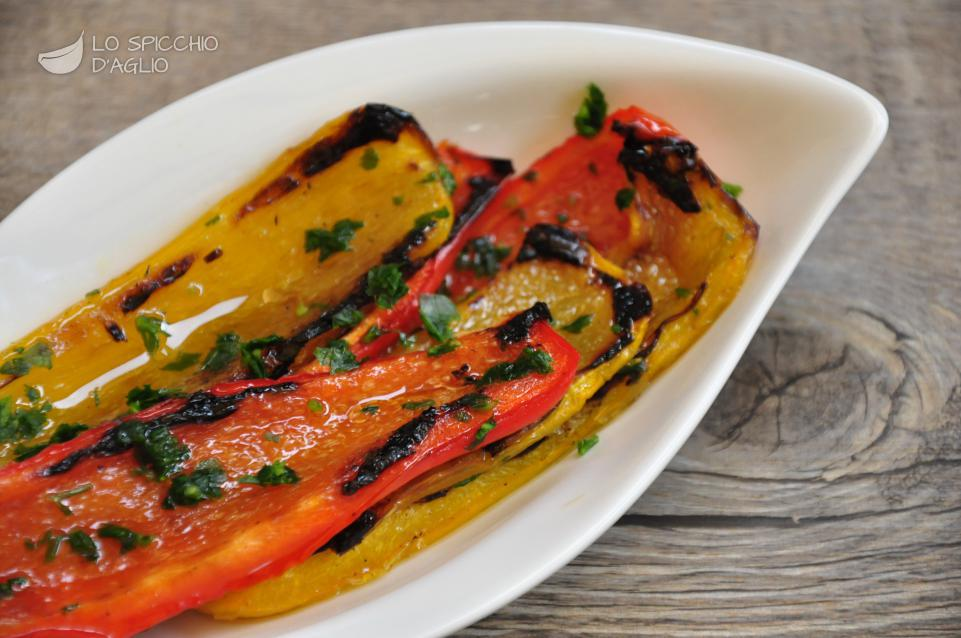 Ricetta peperoni grigliati le ricette dello spicchio d for Ricette culinarie