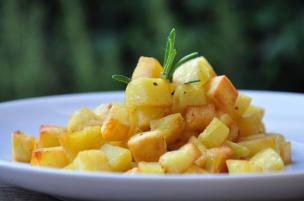 Cubetti di patate in padella