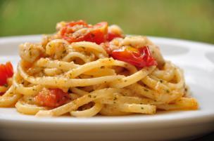 Pasta pomodorini e scorfano