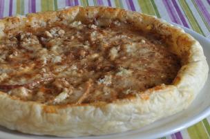 Torta salata gorgonzola, pera e noci