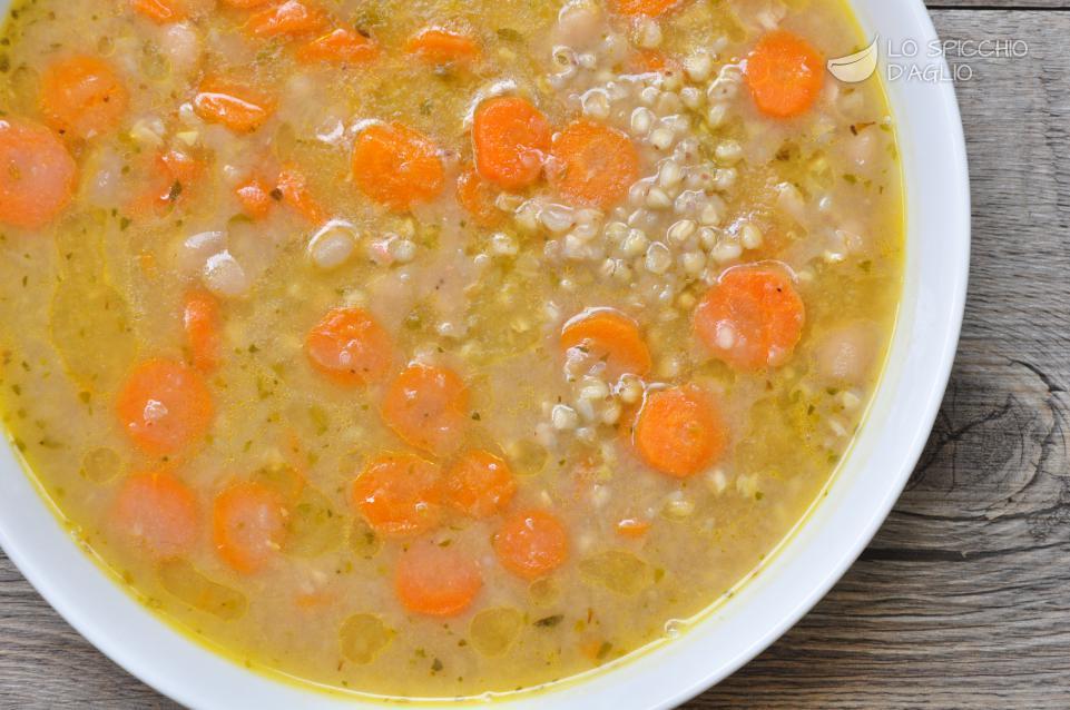 Zuppa di carote e cannellini